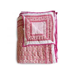 Bumble Quilt in Pink