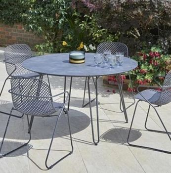 Round Steel Garden Table with Hairpin Legs in Grey