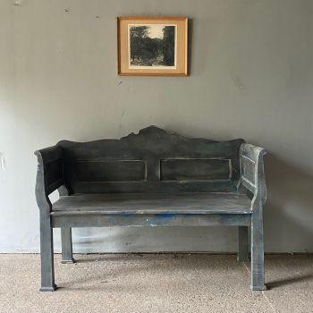 Antique Pine Box Settle In Original Condition