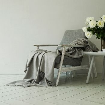 100% Cashmere Throw in Gorgeous Grey