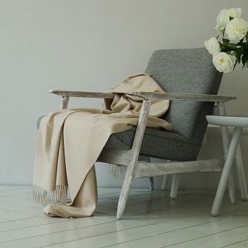 100% Cashmere Throw Soft Beige