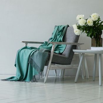 100% Cashmere Throw Aqua