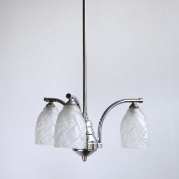 Chrome Chandelier With Frosted Glass Shades