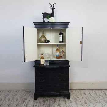 Cocktail Drinks Display Cabinet