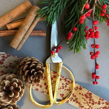 DIY Christmas Wreath Kit with Fresh foliage