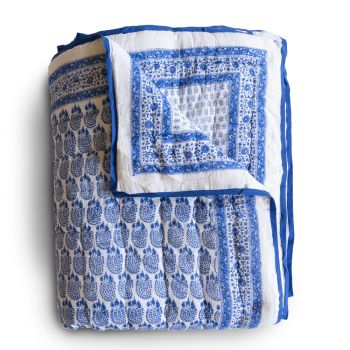 Bumble Quilt in Blue
