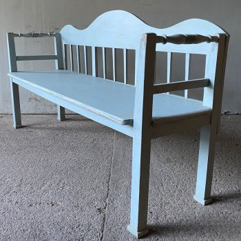 Elegant Antique Settle Bench In Nordic Blue