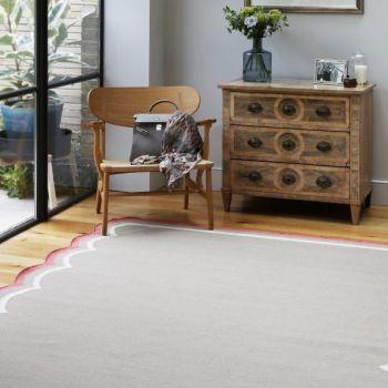 Flat Woven Scallop Rug