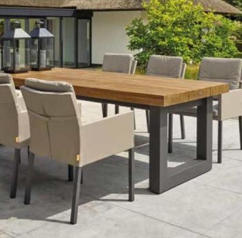 Solid Oak Top with Straight Leg Steel Frame Garden Table (Grey)
