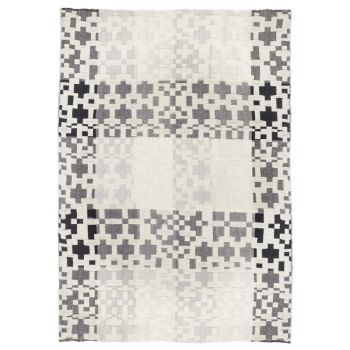 Unique Handwoven Lambswool Traditional Black White Throw